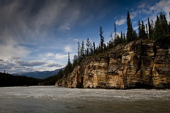 Athabasca River at Athabasca Falls (Denny Jander) Tags: park canada mountains river rockies nationalpark jasper rocky national alberta parkway icefields athabasca kanada