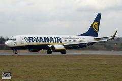 EI-DCX - 33569 - Ryanair - Boeing 737-8AS - Luton - 110110 - Steven Gray - IMG_7723