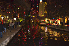 San Antonio Riverwalk Christmas Lights (Ray Chiarello) Tags: sanantonio christmaslights riverwalk