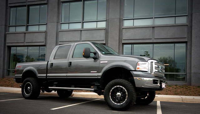 auto ford car truck automobile photoshoot pickup vehicle lariat lifted fx4 f250 superduty crewcab procomp