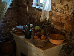 1790 Labourer's Cottage Pantry - Buckler's Hard Museum (fstop186) Tags: 1790 labourerscottage bucklershard museum workingclass harsh labourer pantry food stilllife