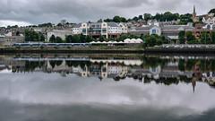 East Bank (Poul_Werner) Tags: derrylondonderry gislevrejser nordirland northernireland riverfoyle 53mm busferie ferie travelbycoachorbus londonderry unitedkingdom gb