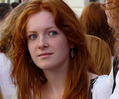 pleasantly surprised (e) Tags: street portrait girl ginger women gorgeous retratos breda portret rood meisje pelirrojo roodharig straatportret roodharigendag redheadday cathelijnestraat