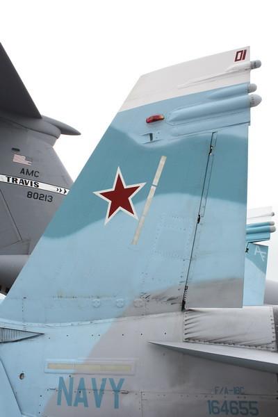 EAA10_FA-18C_073