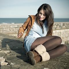 ((03)) (Lt. Sweeney) Tags: girl smile model chica dress elle ella modelo sonrisa elisabeth vestido pelo cabello botas chupa cuero chaqueta melena cabellera distraída