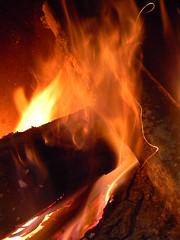 DSCN1565 (Quartz-) Tags: fire nikon hiver coolpix hearth neige foyer feu l110