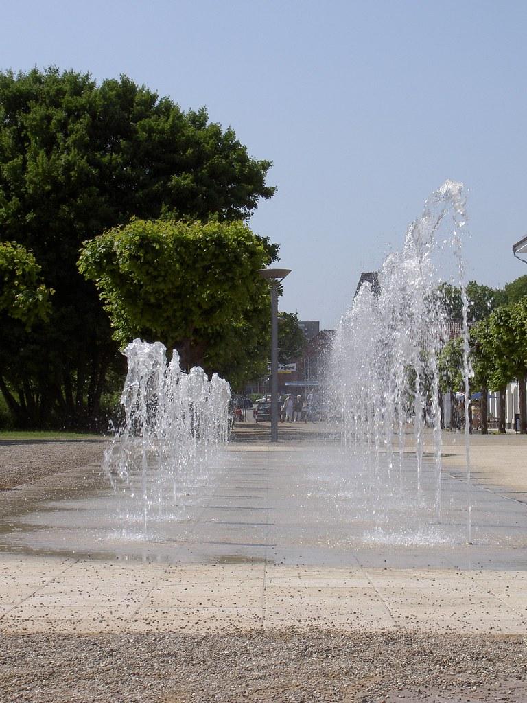 Brunnenanlage Travemünde (Stonebusiness Naturstein) Tags: Springbrunnen  Brunnen Fliesen Küche Sandstein Badezimmer Marmor