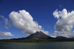 Volcn Arenal - Costa Rica (Ian Lambert) Tags: lake water coffee clouds volcano nationalpark costarica san carlos lagoon laguna arenalvolcano volcnarenal centralamericanorthamerica hotspringslafortuna