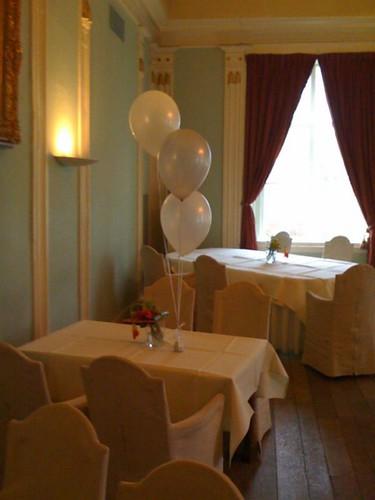 Tafeldecoratie 3ballonnen Kasteel van Rhoon