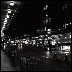Alone at night in Kyoto... (L'Ubuesque Bote  Savon) Tags: street bw rescue bicycle japan night speed dark lights nikon kyoto nb explore nightview lantern emergency kansai japon d90 kyoto