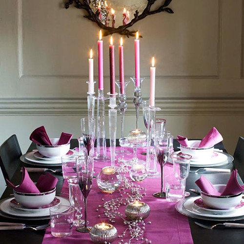 newhouseofart-Romantic-Christmas-Table-Decoration