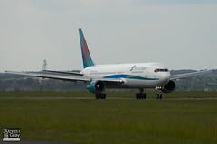 G-DBLA - 26063 - First Choice Airways - Boeing 767-35EER - Luton - 100513 - Steven Gray - IMG_0983