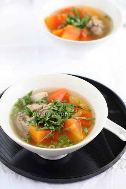 Vietnamese style papaya soup