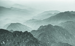 Mount Emei (Sarmu) Tags: china wallpaper bw mountain mountains nature landscape blackwhite highresolution view widescreen unesco worldheritagesite 1600 highdefinition resolution 1200 hd wallpapers  emeishan sichuan hdr 1920 2010 ws 1080 1050 720p  1080p emei 1680 720  2560   sichuanprovince mountemei sarmu