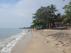 Lamai Beach (Mandy Harvey aka Beadsme) Tags: thailand kohsamui raining sunbathing lamaibeach lastdayofholiday