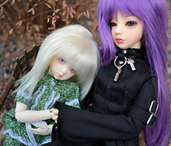 Lissy and Kimi (melimeli - photos) Tags: kimi asian bjd lovely serendipity kimiko lissy freya sweeney balljointeddoll soulkid souldoll