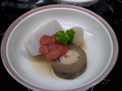 Japanese tea-ceremony dishes, steamed food