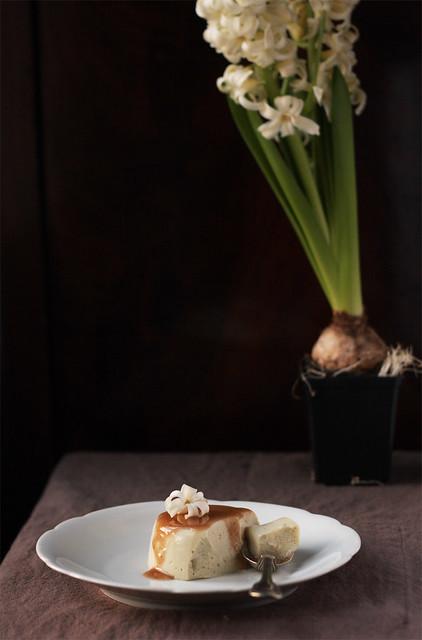 """Panna cotta"" au tofu soyeux et the vert"