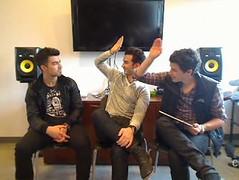 JB Live chat (Mel C ) Tags: cute high funny chat kevin five live nick joe highfive jonas borthers jonasbrothers