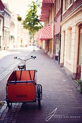 Haarlem (Jinna van Ringen) Tags: haarlem netherlands amsterdam bike bicycle bokeh carlzeiss bikebox jorinde jinna 5dmkii jorindevanringen jinnavanringen carlzeissplanart50mm14ze chanderjagernath jagernath jagernathhaarlem