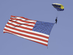 Leap Frog with Old Glory (dcnelson1898) Tags: marinecorpsairstationmiramar marinecorps marines sandiego california mcasmiramar 2016mcasmiramarairshow airshow airplanes jets helicopters usarmy goldenknightsparachuteteam leapfrogs usnavy freefall skydiving parachute airborne