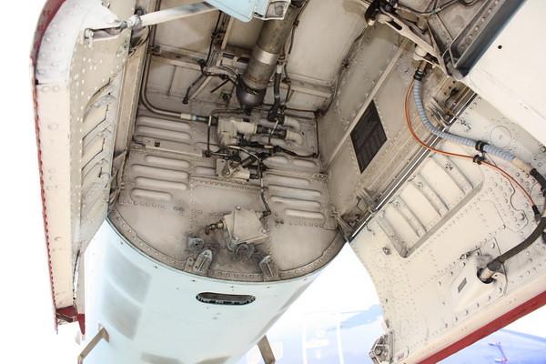 EAA10_FA-18C_025