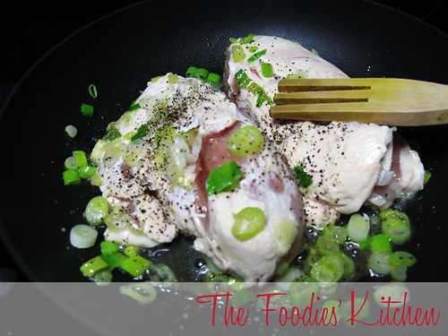 Green Onion-Almond Chicken Breasts