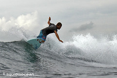 Shrekit Shred (liquidmocean) Tags: bali surfing surfspot waterhousing seranganisland