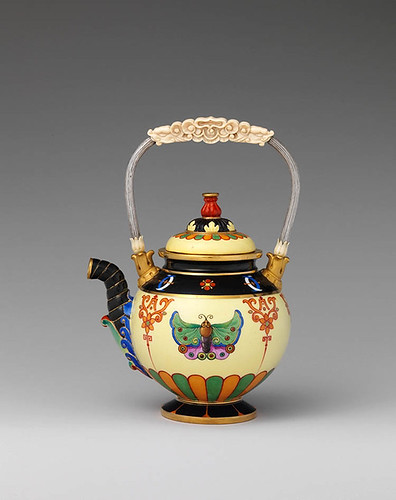 001-Tetera-Porcelana de Sèvres 1832-34-© 2000–2010 The Metropolitan Museum of Art