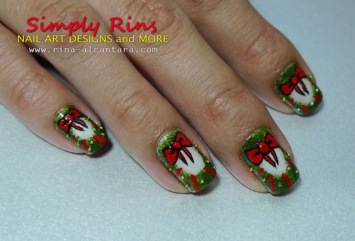 Christmas Nail Art Wreath 07