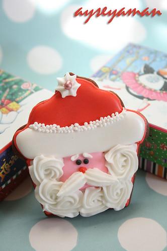 santa cupcake cookie