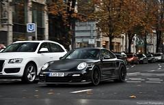 Porsche 997 GT2 RS (ThomvdN) Tags: germany photography automotive porsche thom düsseldorf rs gt2 carphotography 997 köningsallee thomvdn
