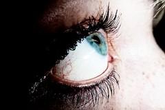 eye, lashes and veins (DennisHolzberg) Tags: blue portrait eye dark photo women foto lashes mascara blau frau auge dmc dunkel ft2 ts2 lidschatten dmcft2 dmcts2 dmxft2