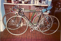 Bikes in the kitchen (1984) (ddsiple) Tags: kitchen cycling bikes 1984 schwinn paramount
