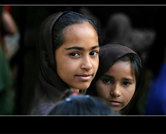 Inde - Gujarat (jmboyer) Tags: voyage travel portrait people woman india tourism girl face rural canon photography photo eyes asia flickr photos expression retrato couleurs indian traditional picture culture tribal viajes planet lonely asie tribe monde ethnic minority couleur tribo islamic gettyimages gujarat tourisme visage inde reportage nationalgeographic tribu kutch bhuj  minorities travelphotography googleimage  go indiatourism colorsofindia tribus incredibleindia lurvely indedunord hodka indedusud photoflickr photosflickr canonfrance earthasia photosyahoo imagesgoogle jmboyer northemindia img1765dxo photogo nationalgeographie photosgoogleearth