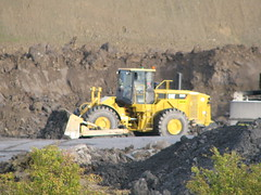 cat 824H pushing mud (mgmg385) Tags: road cat mining cleaning caterpillar northumberland haul 824h