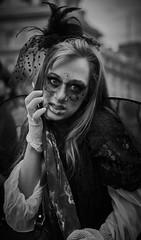 DSC00981 (une_semaine) Tags: zombie pairs place rpublique