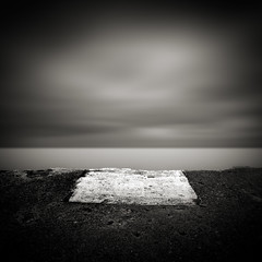 Portal (Jeff Gaydash) Tags: longexposure blackandwhite water square seascapes symmetry lakemichigan greatlakes lakescapes nd110 artifakts