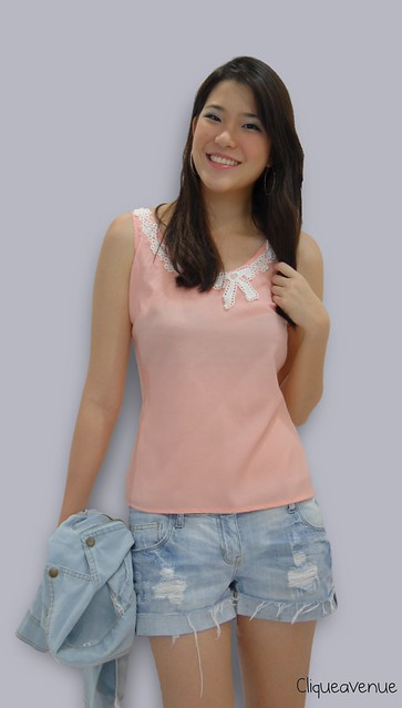 PINK SLEEVELESS EMBROIDERY TOP