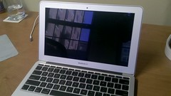 MacBook Air Bezel
