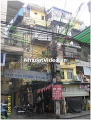 Mua bán nhà  Đống Đa, tầng 1 tập thể Phương Mai, Chính chủ, Giá 2.35 Tỷ, chị Giang, ĐT 0915463453