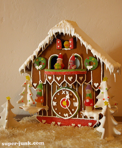 christmas house holiday clock ginger baking cookie candy... (Photo: Super*Junk on Flickr)