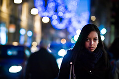 (paolomezzera) Tags: christmas street portrait woman girl night shopping dark torino lights candid young streetphotography ritratto piazzasancarlo canonef85mmf18 natalizio paulmezzer authorsclub