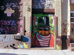 NoSleep (Street Witness) Tags: street nyc building art face photography graffiti factory candy samsung wooster nv7
