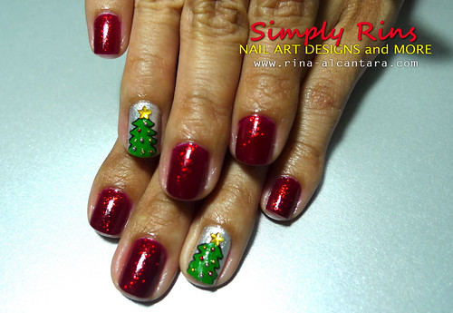 Christmas Tree Nail Art 04