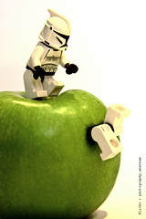 as much fruit as we liked (photography.andreas) Tags: apple fruit canon germany deutschland starwars lego minifig saarland stormtropper ef28135mmf3556isusm eos40d urweiler