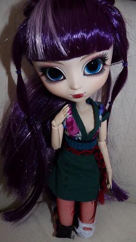 Suzuka [Neo Noir] regardes moi comme je suis belle!  P.74 5288159852_7f88ea979d