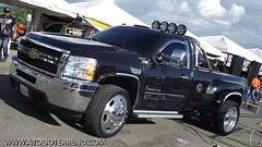 166256_1742480160112_1181964603_1985058_6580897_n (jhonatan meza2010) Tags: world cars 4x4 group icon saudi only toyota land trucks autos exit fj  cruiser coches nian  toyotas  my    cruier kwtmotor  wwwdrbal56rcom  tyt ls