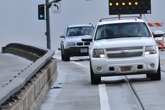 Cars encroaching into bike lane on Lovejoy Ramp-6