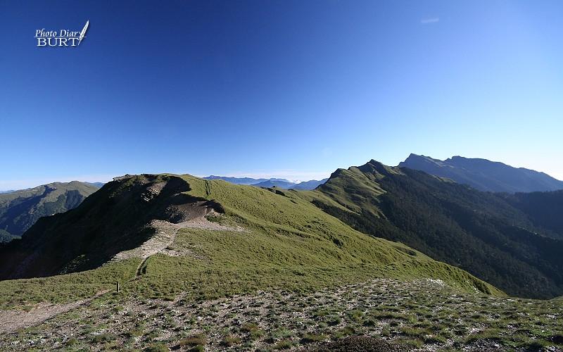 開闊的奇萊北峰山景